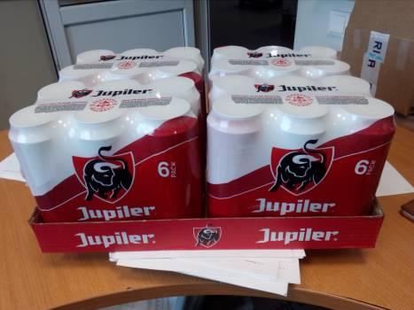 Jupiler cans